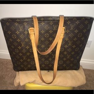 🔥👌🔥💯 authentic LV Luco shoulder bag tote